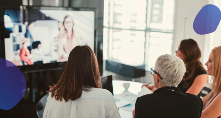 Mobuss TV: da gestão da comunicação interna à atração de clientes
