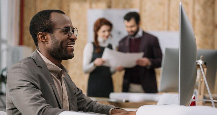 Como eliminar as barreiras entre TI e negócios