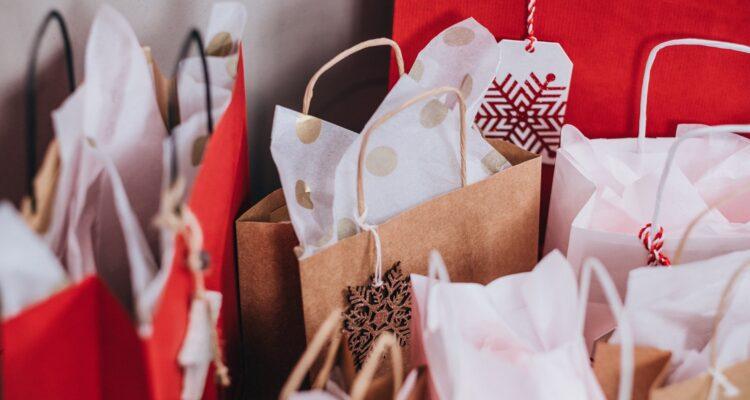 Como aproveitar as festas de fim de ano para aumentar as vendas?